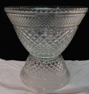VTG ANCHOR HOCKING CRYSTAL GLASS WEXFORD PUNCH BOWL~STAND~16 CUPS