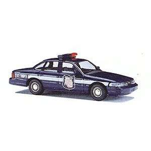 HO (1/87) Wisconsin State Police Ford Crown Victoria Toys & Games