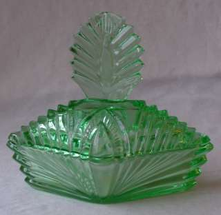 ART DECO DEPRESSION GREEN VASELINE URANIUM GLASS POWDER JAR