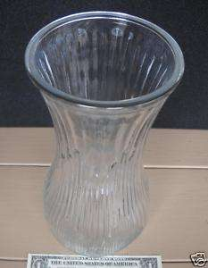 75 HOOSIER CLEAR HEAVY RIBBED GLASS ROSE VASE 4087 A