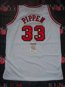 Chicago Bulls Scottie Pippen Signed Auto Jersey JSA MM