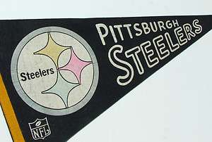 VINTAGE 1965 NFL PITTSBURGH STEELERS PENNANT FROM ORIGINAL NFL, FULL