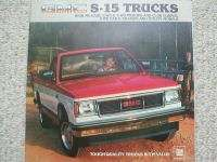 1983 GMC S15/S 15 PickUp/Pick Up TRUCK BrochureSIERRA,