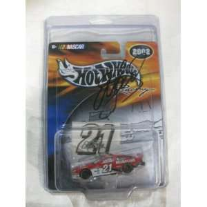 SIGNED Nascar Die cast #21 Elliott Sadler Motor Craft Quality Parts